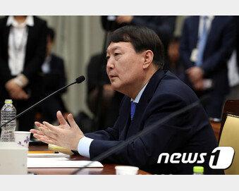 """윤석열, 어느 정부가 검찰 중립 보장했냐에 """"MB 때 쿨했다"""""""