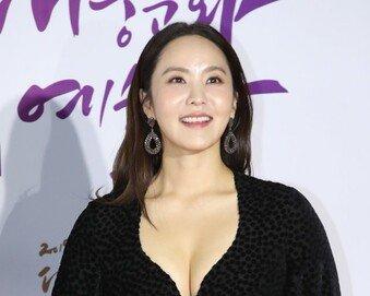 """박지윤 """"가족여행 질책 죄송…프로불편러 발언은 짜깁기"""""""