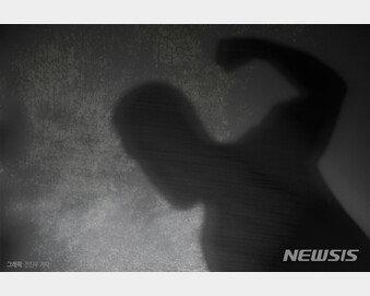 '남자2명, 여자1명' 불편한 동거…결말은 살인, 징역 6년