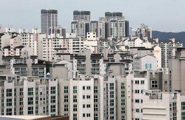 """韓가구 44% """"내 집 마련 못해""""…상위 10%는 주택자산 8억"""