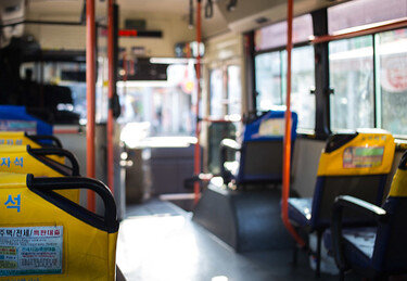 '버스 정차한 후 일어났더니…'