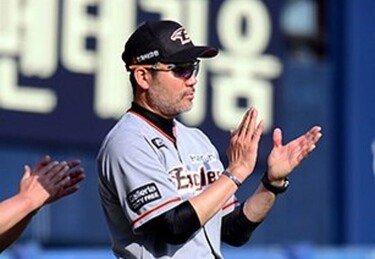 저력의 한화, 미리보는 PO에서 김광현 무너트렸다