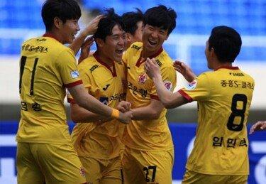 '나상호 3G 연속골' 광주FC, 수원FC전 승리로 기적 발판 마련 노린다