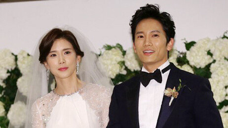 [단독] 배우 이보영·지성 부부, 둘째 임신