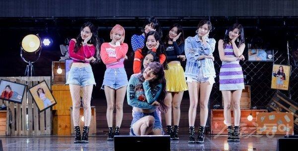 [포토] 트와이스 '깜찍한 아홉 명의 천사들'
