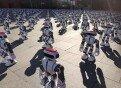 """로봇 1000여 대, 칼군무 성공… \""""기네스 기록 갈아치워\"""""""