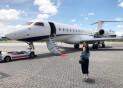 """억만장자 2세의 일상… """"父 비행기로 1년에 16개국 여행"""""""