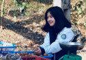 과일 파는 베트남 소녀, 수수한 외모로 '인기'