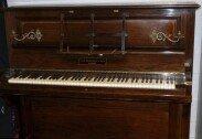 """""""경매로 가치 커질 것""""… 100년 된 피아노에서 금화 발견"""
