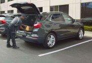 차량 트렁크에 택배 물건 실어준다…역대급 서비스 예감