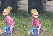 어린 아이인 줄…도로서 인형탈 쓰고 구걸하는 원숭이