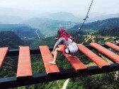"""1300m 산꼭대기에 이색 테마파크…""""살 떨리는 스릴"""""""