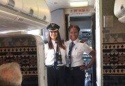 """최초로 기장-부기장에 여성 기용한 항공사…""""역사 바꾼 일"""""""