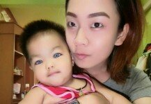 '파란 눈' 가진 아이 사진에…母에 쏟아진 오해와 비난
