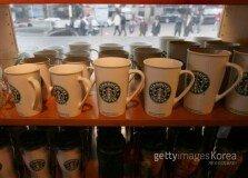 """""""커피 맛, '머그잔 크기'에 따라 다르게 느껴"""""""