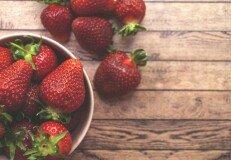 사과·딸기·차, 파킨슨병 예방에 도움