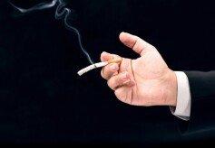 """""""담배 피우면 급노화, 실제 나이보다 늙어"""""""