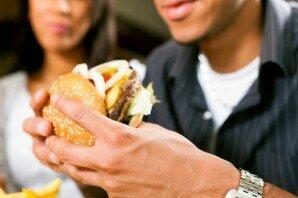 고속버스서 '냄새나는' 음식물 섭취, 민폐인가요?