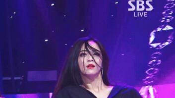 """""""시.선.강.탈""""… 선미 백업댄서 '유리 언니', 인기 폭발"""