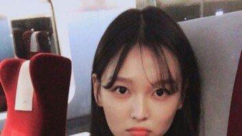"""""""'동생 못지않은' 우월한 DNA""""… 김유정 친언니, 연예인급 미모"""