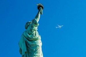 해외여행 가본 적 없다는 직원 놀린 동료들… '황당'