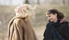 电影《卡罗尔》:对两个女人来说,她们都是对方最为惊艳的礼物