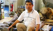 旅日侨胞第三代把20年来挖掘到的1300多件新生代哺乳动物化石捐赠给韩国
