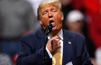 特朗普在大选游说中突然批评《寄生虫》