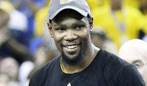 NBA總決賽最有價值球員杜蘭特放棄球員選項,將與金州勇士重簽一份低于頂薪的合同
