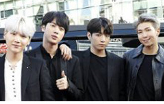 """美國Billboard集中關注防彈少年團粉絲""""ARMY""""的獨特應援文化"""