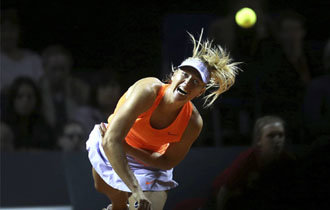 Sharapova wins first match on return from 15-month doping ban