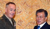 文大統領、「北朝鮮は挑発せず、米国は冷静な対応を」
