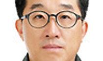 大統領府広報企画秘書官に盧武鉉政権の春秋館長だった柳敏永氏を任命