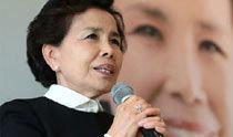 「椿お嬢さん」の歌手李美子、デビュー60周年のアルバムを公開