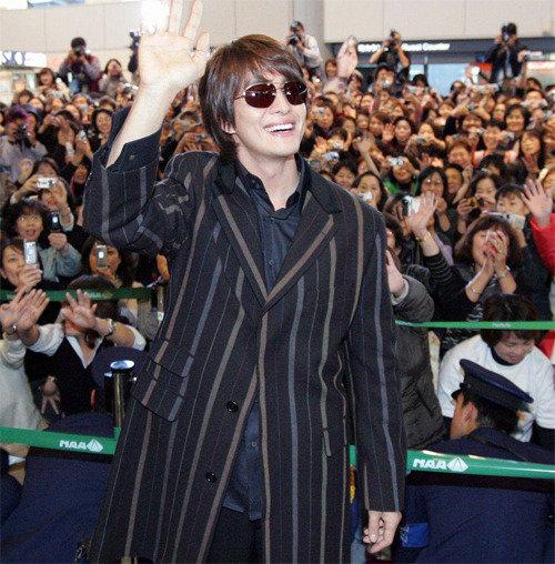 """日本的韩流史,《冬日恋歌》热潮掀起""""韩流""""一词首次登场"""