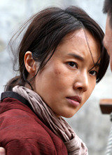李贞贤为拍《军舰岛》减重至36.5公斤,只为表现坚韧女性形象