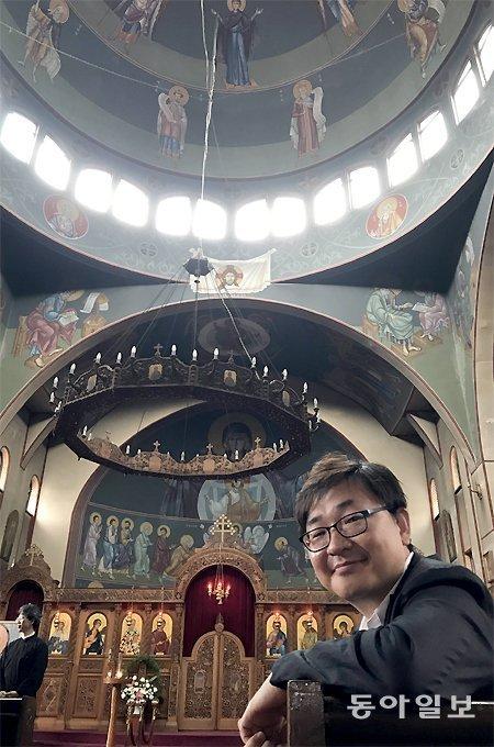 """""""知道为什么首尔和意大利教堂内的壁画好像出于一个模子吗?"""""""