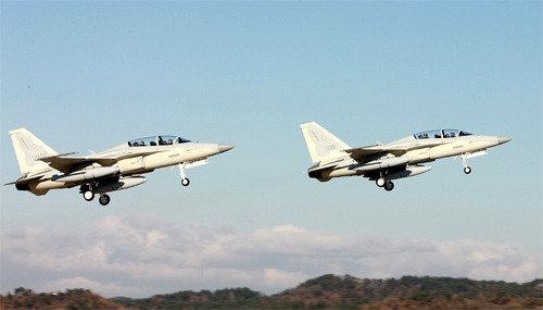 KAI成功移交向菲律宾出口的12架轻型战斗机FA-50PH