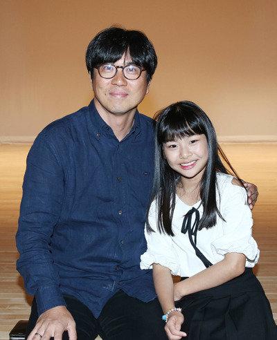 """金泰勇导演在新作《木偶》的制作发布上表示:""""创造混合电影-舞蹈-国乐的新体验的过程令人异常兴奋"""""""