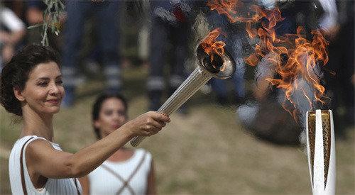 平昌冬奥会圣火采集仪式24日在希腊举行,圣火将于11月1日抵达韩国