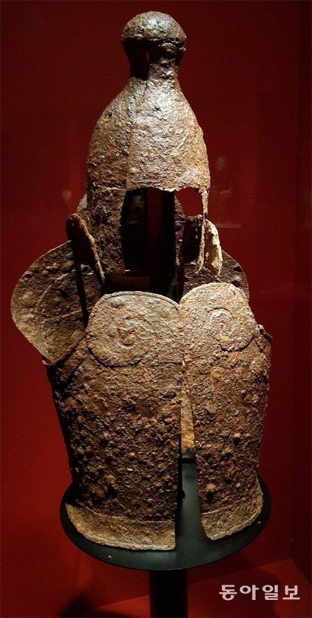 """铁的三张面孔,国立中央博物馆举行""""粗铁•铁•钢""""特别展"""