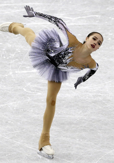 15岁的俄花滑明日之星扎吉托娃预定平昌冬奥会女单银牌?