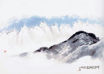 《风景与心灵》 人文学者高丽大学教授金禹昌(67岁)出版了一本以东洋画为题材的散文集,它的副题为《对东洋画和梦想的冥想》。 金禹昌在比较东洋画和西洋画的同时,通过详细的分析性语言,探讨了深藏在东洋文化里层的思维方式,并通过这种思维方式分析了当代人的梦想。在读该书的过程中,由于想了解一些问题,所以10月30日下午来到了作者位于汉城平仓洞的家中。