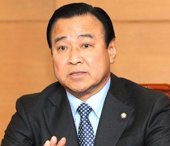 """李完九""""将按照宪法实行总理职权""""..."""