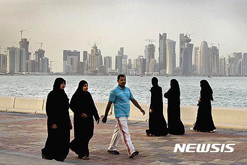 Former Qatari Emir dies aged 84