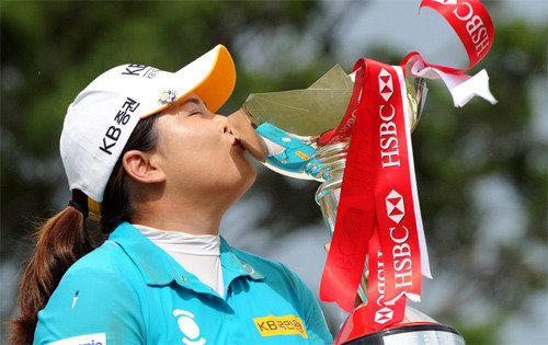 Park In-bee storms in victory in HSBC Women's Champions