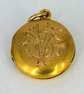 Titanic locket discovered in 105 years