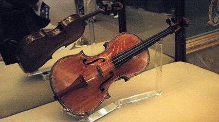 Disgrace of superlative violin 'Stradivarius'