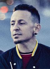 Linkin Park singer Chester Bennington dies at 41