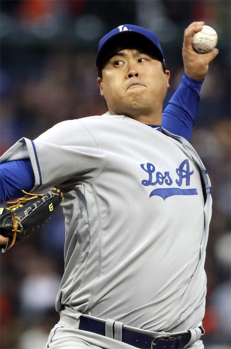 Dodgers manager not ready to declare Ryu of playoff rotation